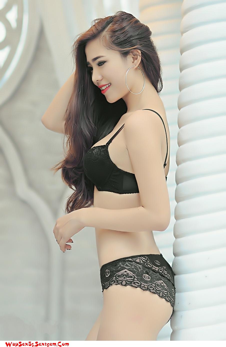 Toàn gái xinh sexy không xem hơi phí